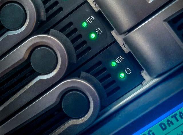 Odzyskiwanie danych z RAID 5 uszkodzone dwa z czterech dysków